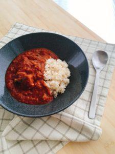 『包丁いらず!5分でできるサバ缶トマトカレー』のレシピ